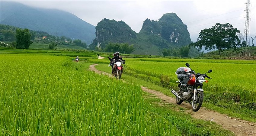 vietnam motorcycling tour