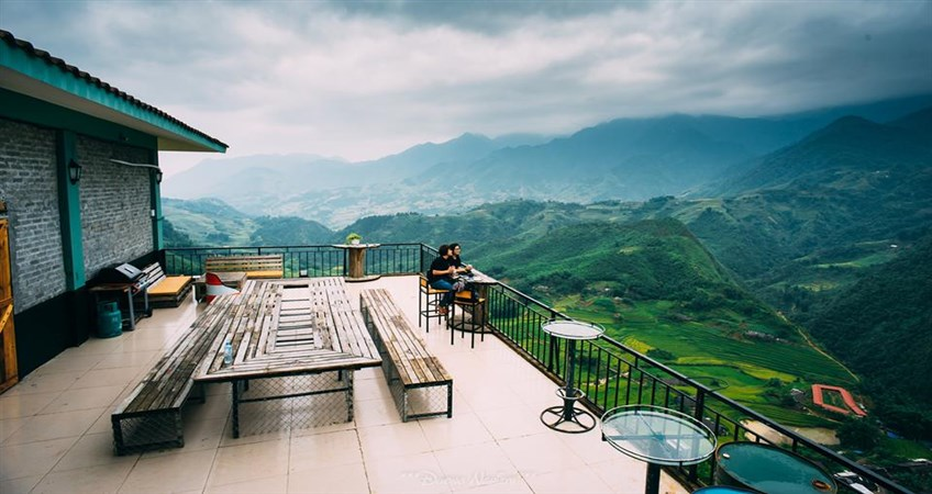 best bars pubs in sapa