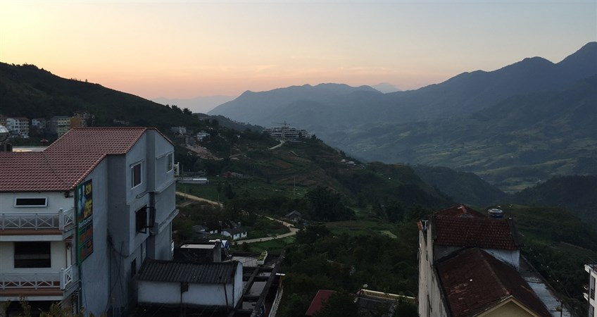 top 10 hotels in sapa
