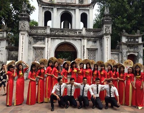 Top 10 Vietnam Tours