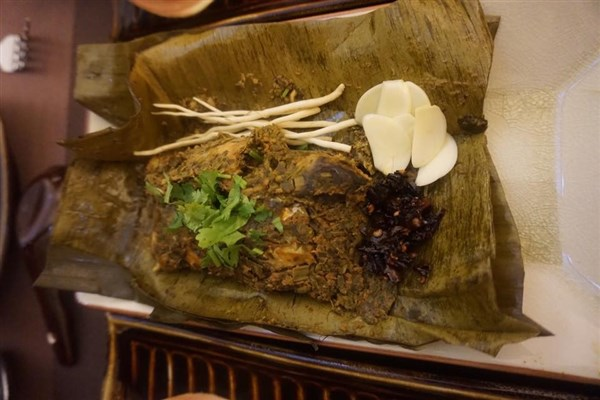 Myanmar Food: Dishes Every Tourist Needs to Try