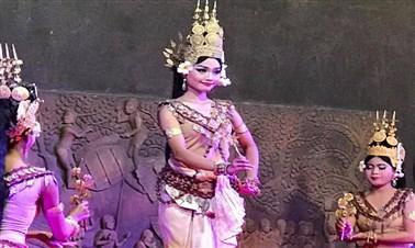 Apsaras Dinner Show in Siem Reap