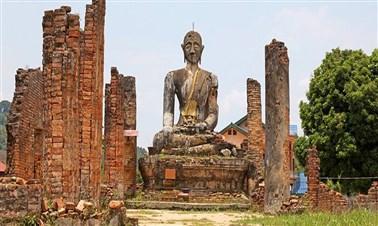 Wat Phia Wat Temple in Muang Khoun