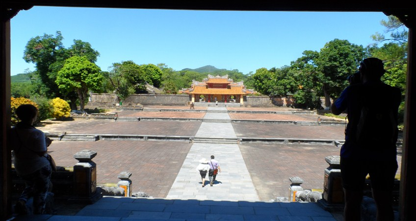 tour in hue
