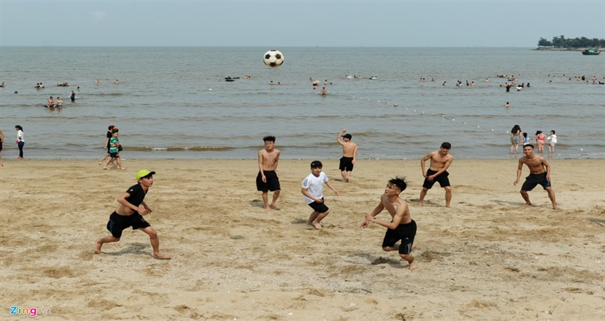 do son beach in hai phong