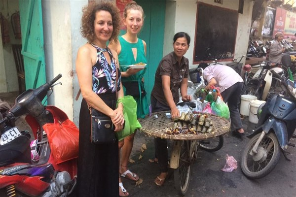 5 Top Spots for Street Food in Hanoi