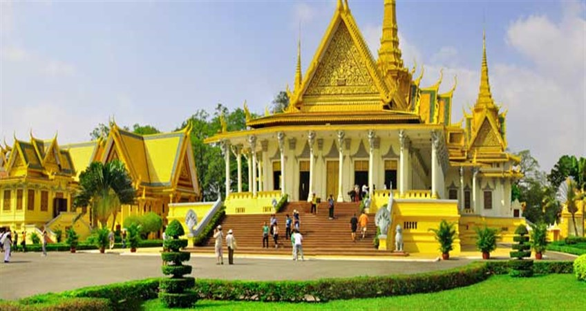 places to visit in phnom penh