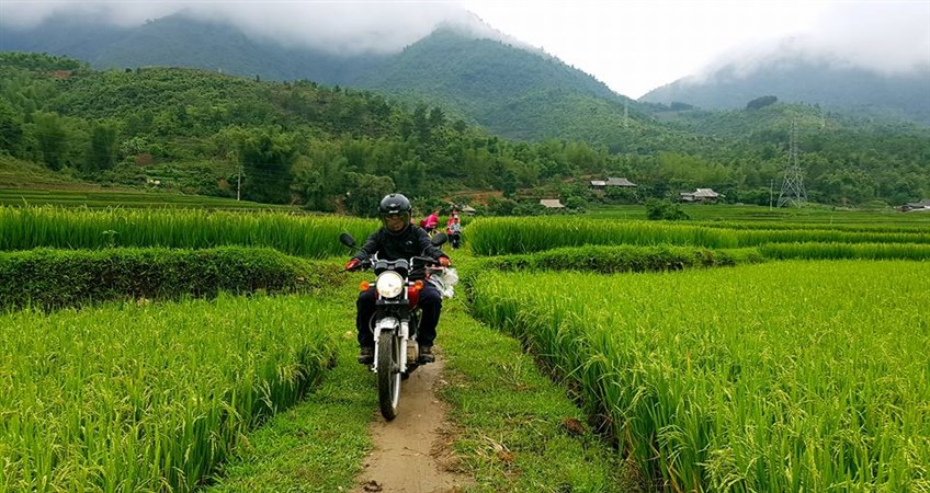 tour northwest vietnam on motorbike