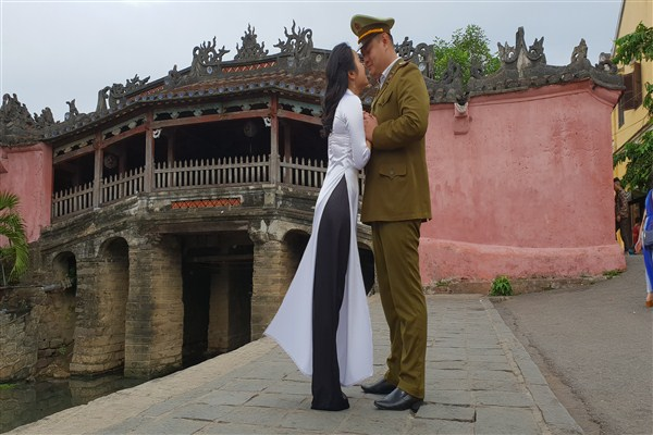 Hoi An Stresses the Importance of Good Manners