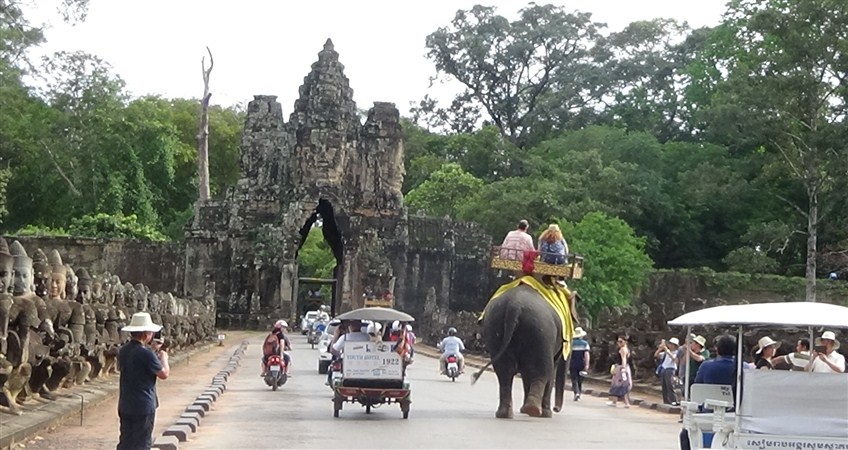 travelling in cambodia