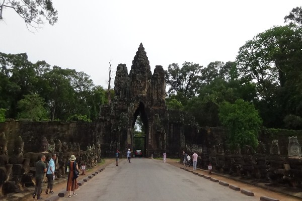 Classical Cambodia Tour and what to expect?