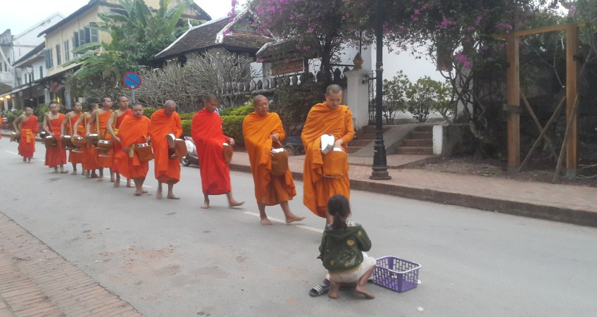 indochina tour luang prabang laos