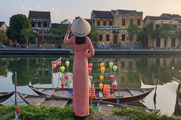 10 Days In Vietnam – Running Against The Clock