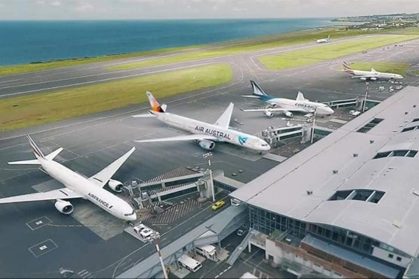 World's airports to re-open soon