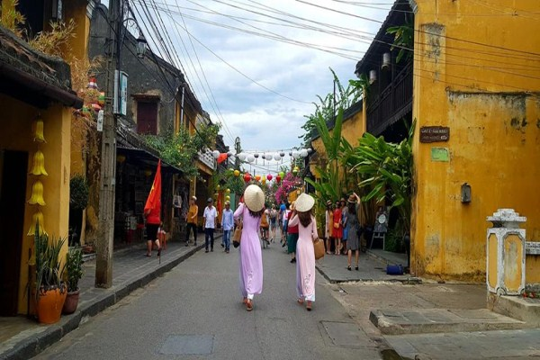 Vietnam prepares to welcome international visitors