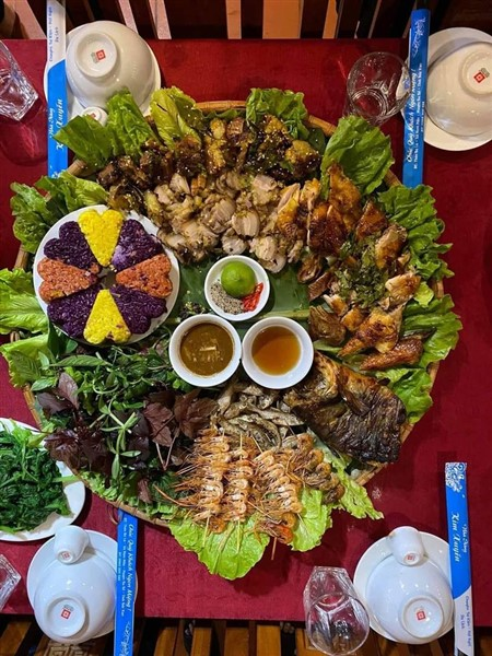 meals in north vietnam tour