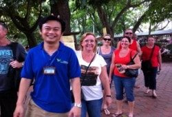 vietnam tour guide