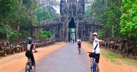 ID01: Indochina Tour with all the highlights - 15 days from Hanoi