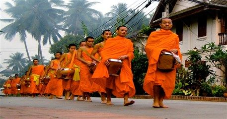 ADI06: Indochina Tour of Traditional Highlights - 19 days from Luang Prabang