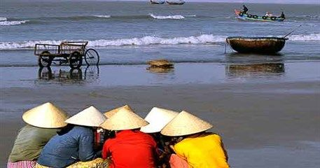 ID08: 20 day beautiful Indochina Holiday - from Vientiane