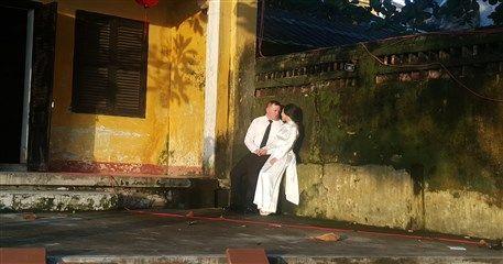 IH03: Honeymoon in Cambodia, Vietnam - 10 days from Siem Reap