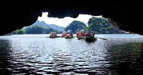 MVT06: Hanoi - Tam Coc - Halong Package - Hotel option - 5 Days / 4 Nights