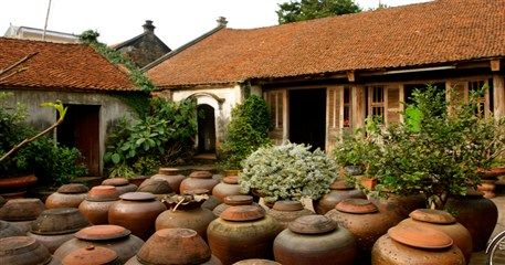 HN03: Duong Lam Ancient Village Tour - Full Day