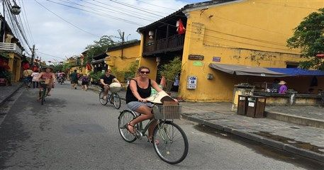 HT06: Essential Hue & Hoi An Tour - 5 days / 4 nights