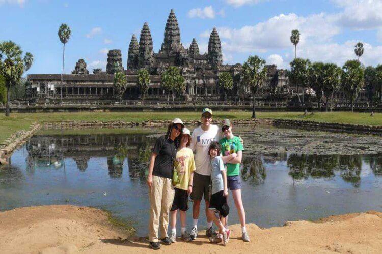 Explore Angkor Archaeological Park
