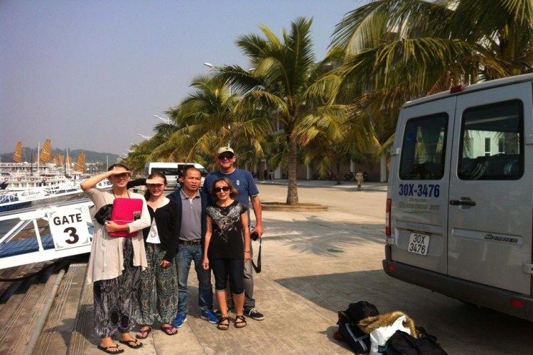 Plan a best family tour to Vietnam