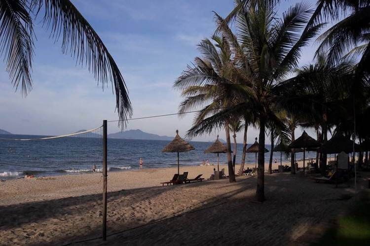 Cua Dai beach – the most beautiful and cheapest in the world