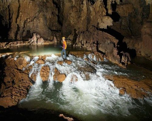 Quang Binh offers new tour to discover Tu Lan and Tien Caves