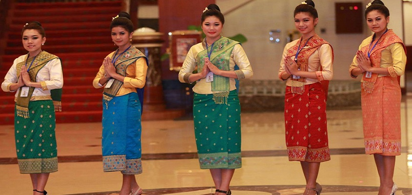 lao women in traditional clothes large