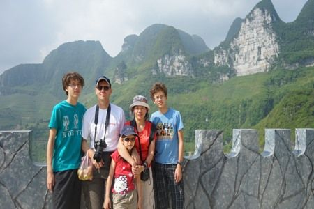 travel to ha giang with kids