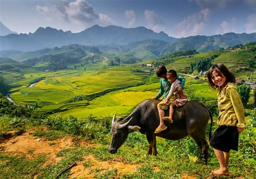 Top 25 Reasons to fall in Love with Vietnam