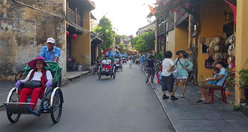 10 day tour in vietnam