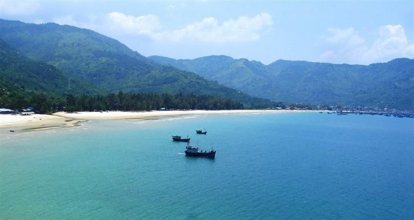 Dai Lanh beach in Nha Trang