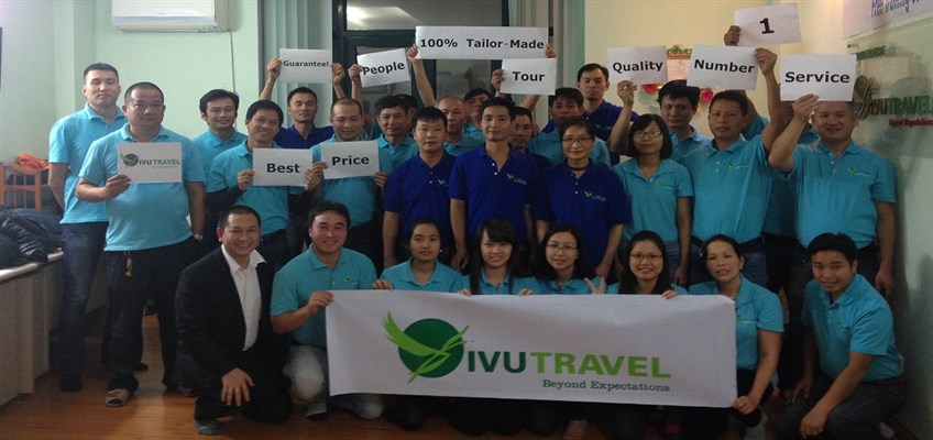 vivutravel team in hanoi