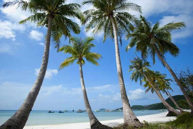 Beautiful beaches in your Vietnam tour
