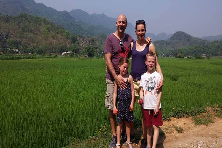 What should you do if you have maximum 10 day tour in Vietnam