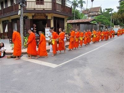09 must-try experience when traveling to Luang Prabang