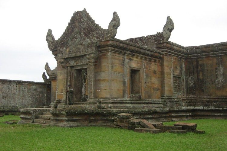 Preah Theat Temple