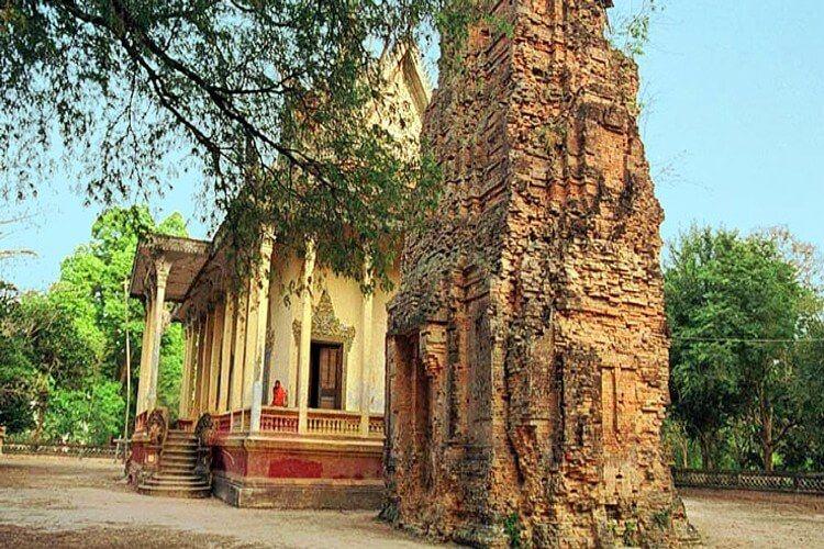 Prasat Andet Temple