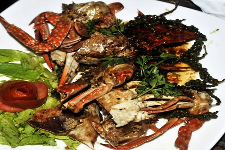 Visit Kep's Crab Market