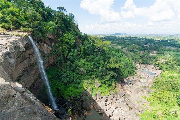 Tad Suong waterfall