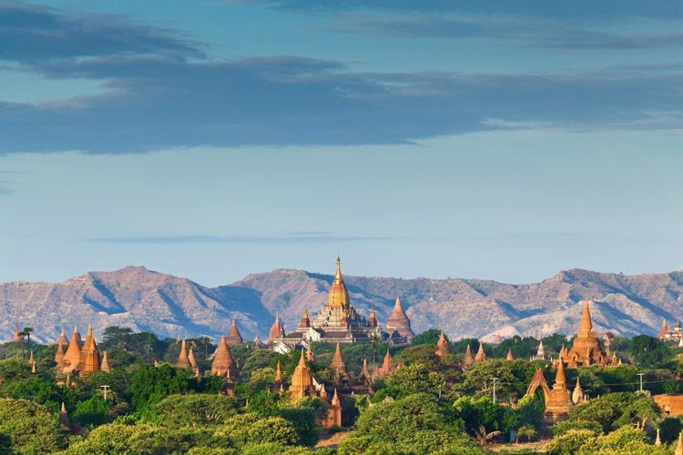 Hiking in Bagan