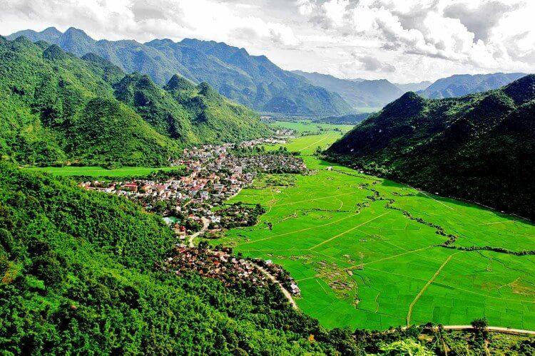 Best time to travel to Vietnam Northwest areas