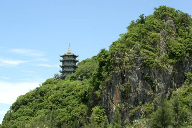 Da Nang Marble Mountains