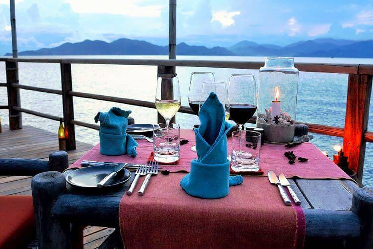 Dining by The Bay at Six Senses Ninh Van Bay