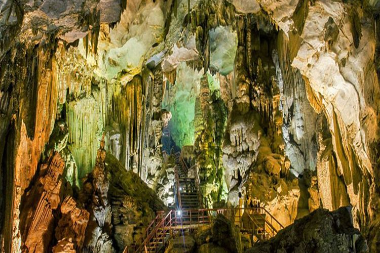 Discovering Tien Son Cave - Miraculous Hidden Beauty